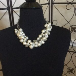 Pearl and bead neaklace